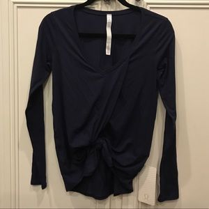 Lululemon knotted Top